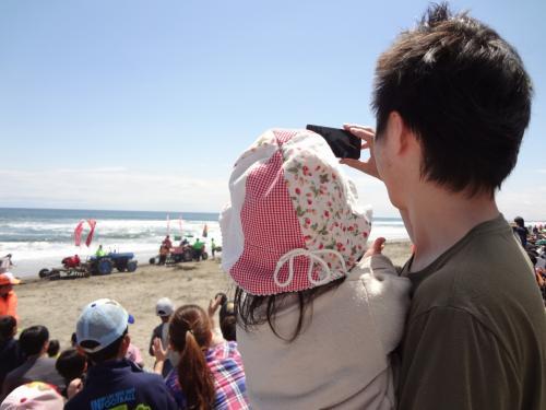 はまぐり祭り!@大竹海岸(子供1歳5カ月)