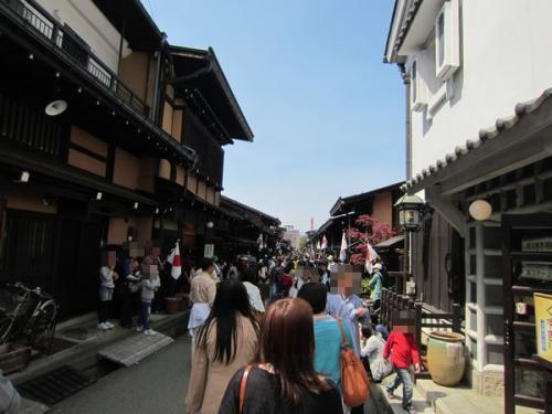 飛騨高山で街歩き&食べ歩き