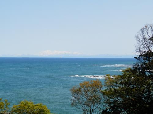 遊び人、気の向くままの一人旅!能登:珠洲岬~禄剛崎灯台&ゴジラ岩編。