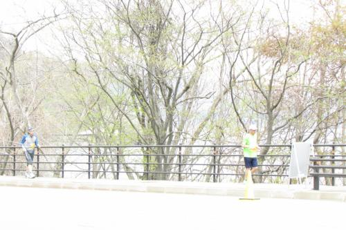 2013桜咲く洞爺湖マラソン応援隊今年も来ましたよ~ガンバレ~♪ぐる~と洞爺湖 道の駅あぷた