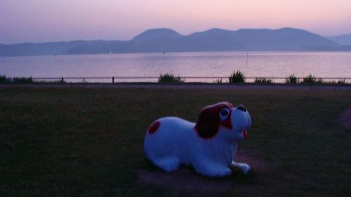 庭園紀行(22)・・・東郷湖に昇る朝日 その1.