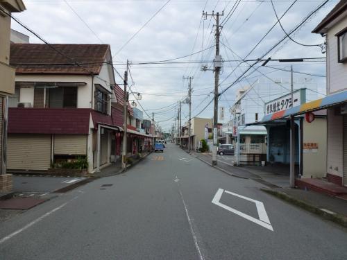 夏の終わりに訪ねる、晩夏の伊豆。そこには、静かに佇む小さな街がありました。
