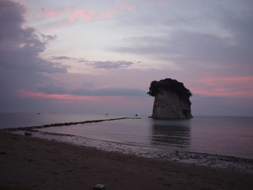 石川県への旅03 朝の見附島と能登半島海岸ドライブ
