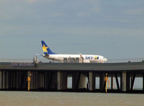 飛行機が見たくて 浮島町公園へ−2