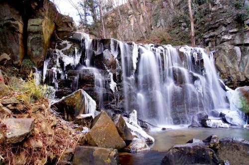 ◆みちのく須賀川・氷の八流の滝