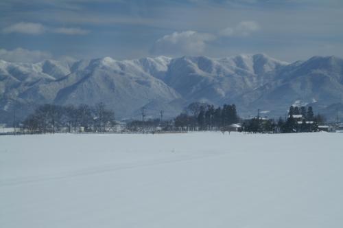 憧れの「銀山温泉」・「秋保温泉」に寛ぐ!!蔵王樹氷と最上川雪見舟で冬景色を堪能