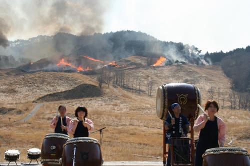 兵庫県 砥峰高原(トノミネ)山焼きを訪ねて