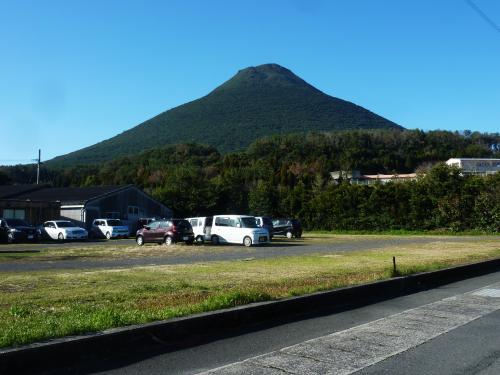 早春の九州登山&観光 3日目滑る滑る開聞岳は恐怖の登山道