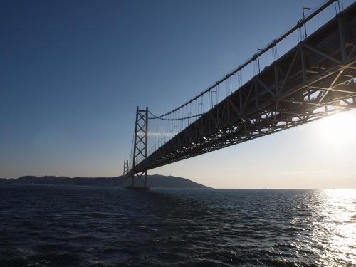 夕暮れの明石海峡大橋 リストランテ ミア・アルベルゴでキラキラ夜景を眺めながらディナーを楽しもう