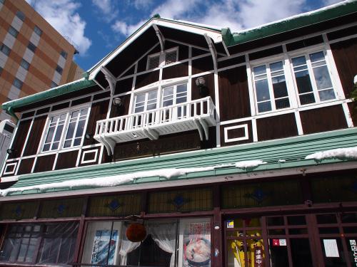 TOHOKU EMOTION 東北レストラン鉄道に乗ろう!の旅 ③~八戸市~ 横丁散策、雛めぐり・・・など