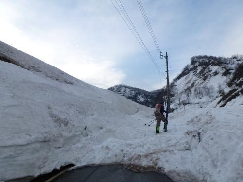 2014.03 新潟焼山BCスキーツアー