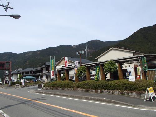 落差40mの見事な直瀑!『明神滝』◆奈良県川上村で春の山歩き&滝めぐりオフ会≪中編≫