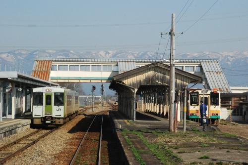 置賜さくら回廊と鉄道の旅(山形)