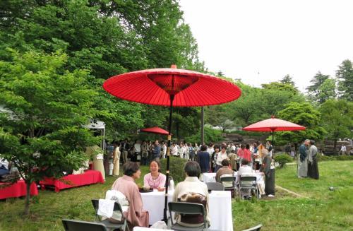 新緑のもとで・・・大茶会とボサノバの休日