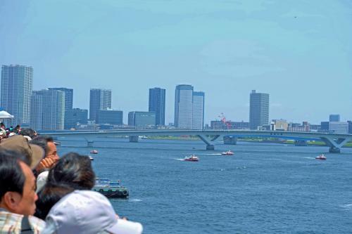 第66回 東京みなと祭 水と消防ページェントー4  カラー放水 海上シャトルバスにて日の出桟橋へ