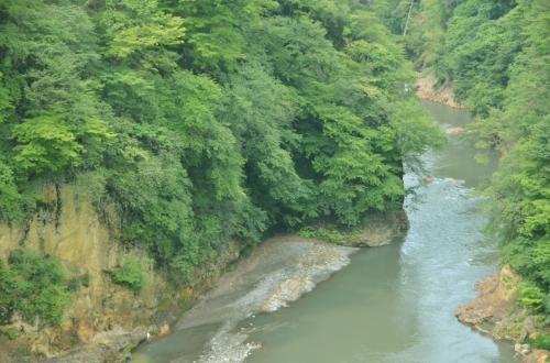 残しておきたい、ダムに沈みゆく吾妻渓谷と川原湯温泉周辺に広がる新緑風景と温泉を求めて訪れてみた