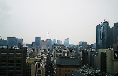 大門・秋田屋に行ってみました。