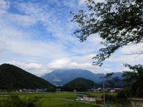 夏が終わる前に山へ走れ~! ~伊吹山から養老の滝~