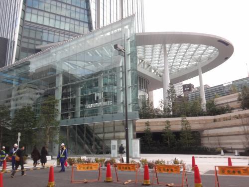 『アンダーズ 東京』のアフタヌーンティーセットを頂きました。高層階からの東京スカイツリー&東京タワー。開業時には無かったカフェが新たにオープン!