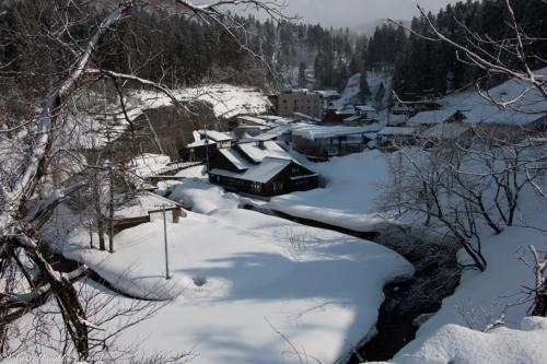 大正浪漫広がる冬の銀山温泉