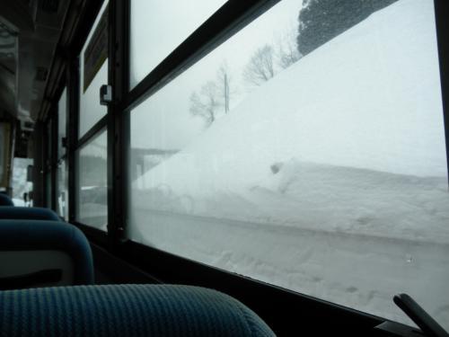 背丈まである雪を見たい~肘折幻想雪回廊
