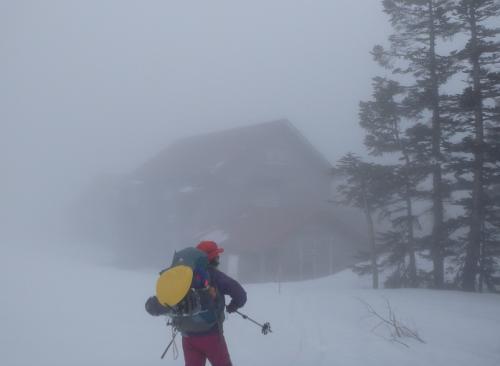 雪の乗鞍岳 もうすぐバスが開通します