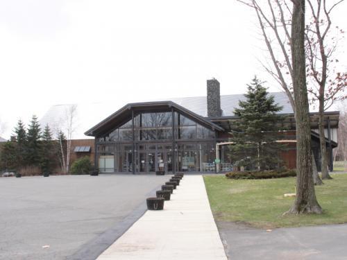 ザ・ウインザーホテル洞爺と新富良野プリンスホテルに泊る北海道3日間の旅 4−4 ノーザンホースパーク・新千歳空港 編