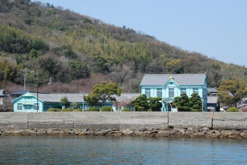 粟島の海員学校跡を訪ねて(四国 香川)