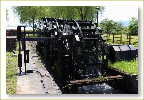 Solitary Journey [1587] 裏見の滝~トウトウと流れ落ちる2段滝は迫力満点です。<三連水車の里・慈恩の滝・青の洞門>大分県玖珠郡