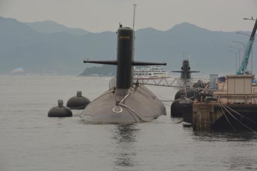 潜水艦を見に行こうヨ、ついでに世界遺産の3箇所めぐりしますからね! ネ嫁はん  (厳島神社編)