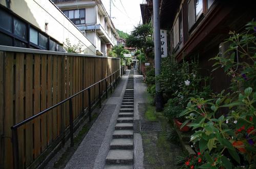 昨年に引き続き、俵山温泉の温泉閣で行われた友川カズキのコンサートに行ってきました