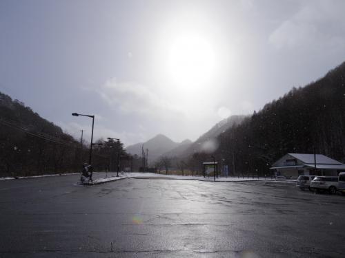 雪の大内宿・塔のへつり~湯野上温泉1泊2日の旅~