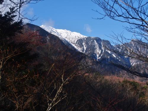 二度の撤退そして三度目の登頂 / 残雪期甲斐駒ケ岳黒戸尾根ルート