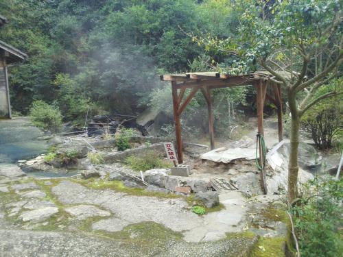 栗野岳温泉南洲館と八幡大地獄を見に行ってみました