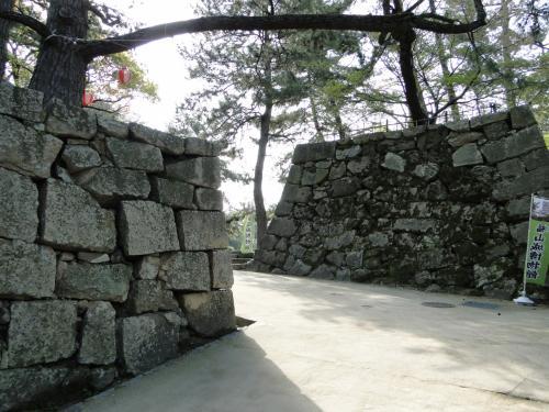 彦根から福山城へ。