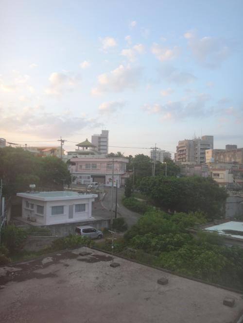 夏に熱い沖縄へ:岩手山から飛び降りる覚悟でホテル日航アリビラへ
