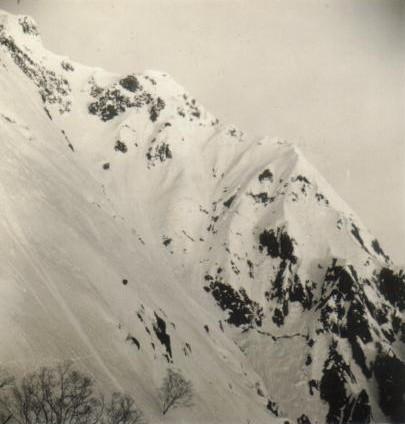 思い出の山旅ー2.雪の谷川岳西黒尾根を登る