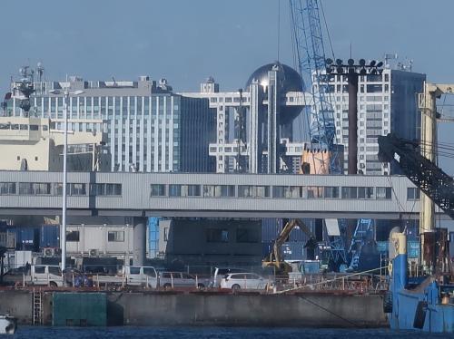 屋形船3/5 大井コンテナふ頭=最大の物流拠点=沖へ ☆東京ゲートブリッジの全容も