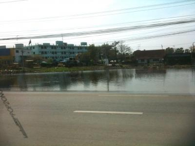 バンコク~アユタヤ 洪水状況を見に行く * バンコク紀行(50) *