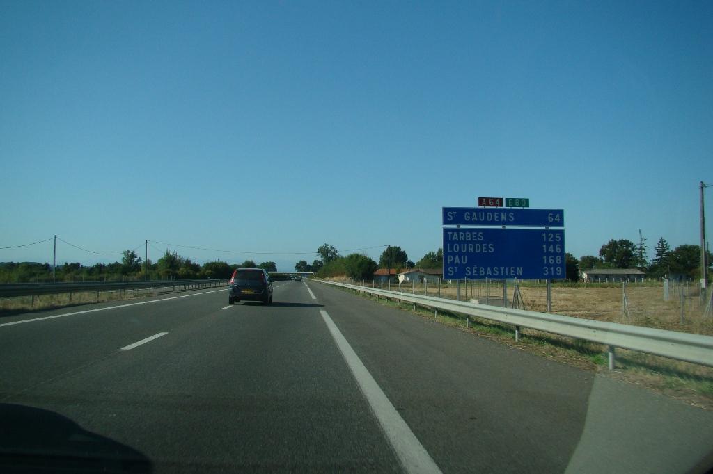 ピレネーへ(02) 陸路、スペイン...