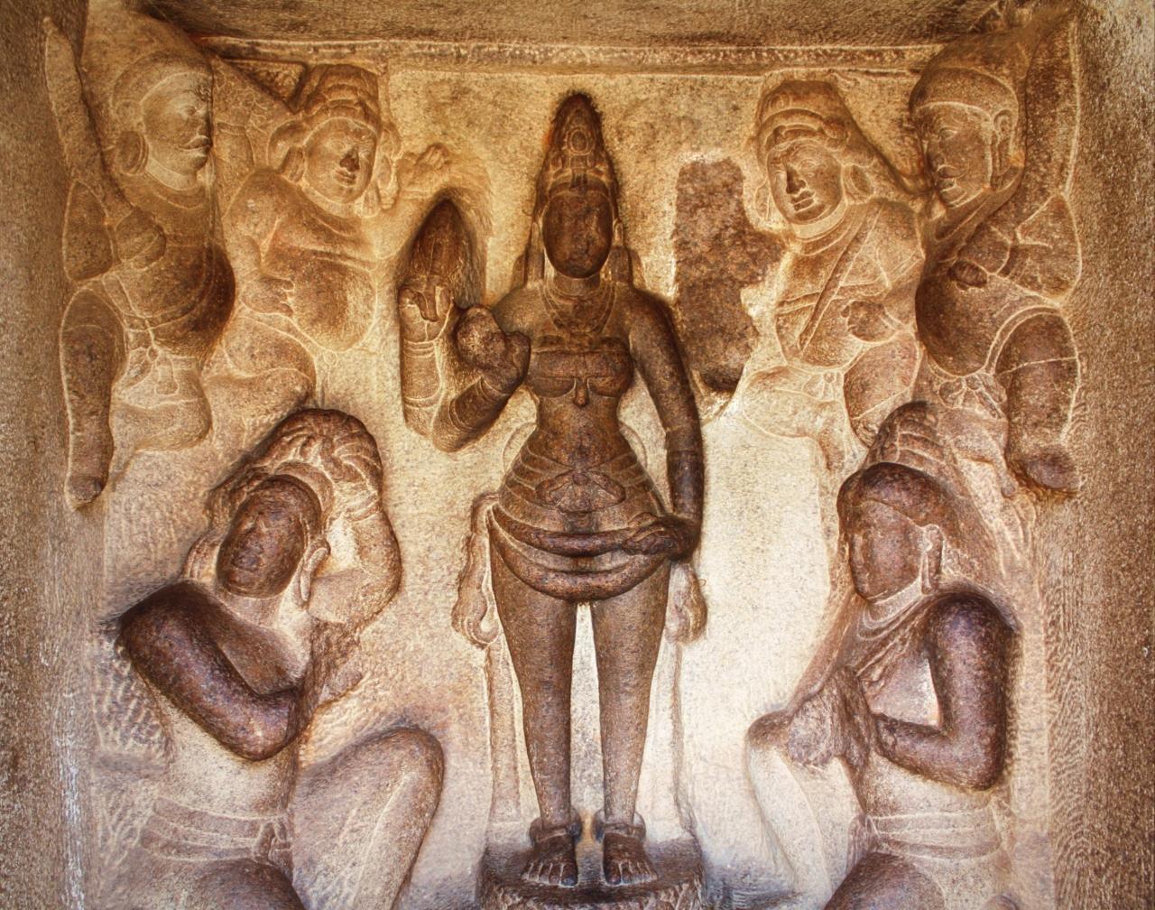 『南インド・タミル紀行(7) ドラヴィダ建築の原型