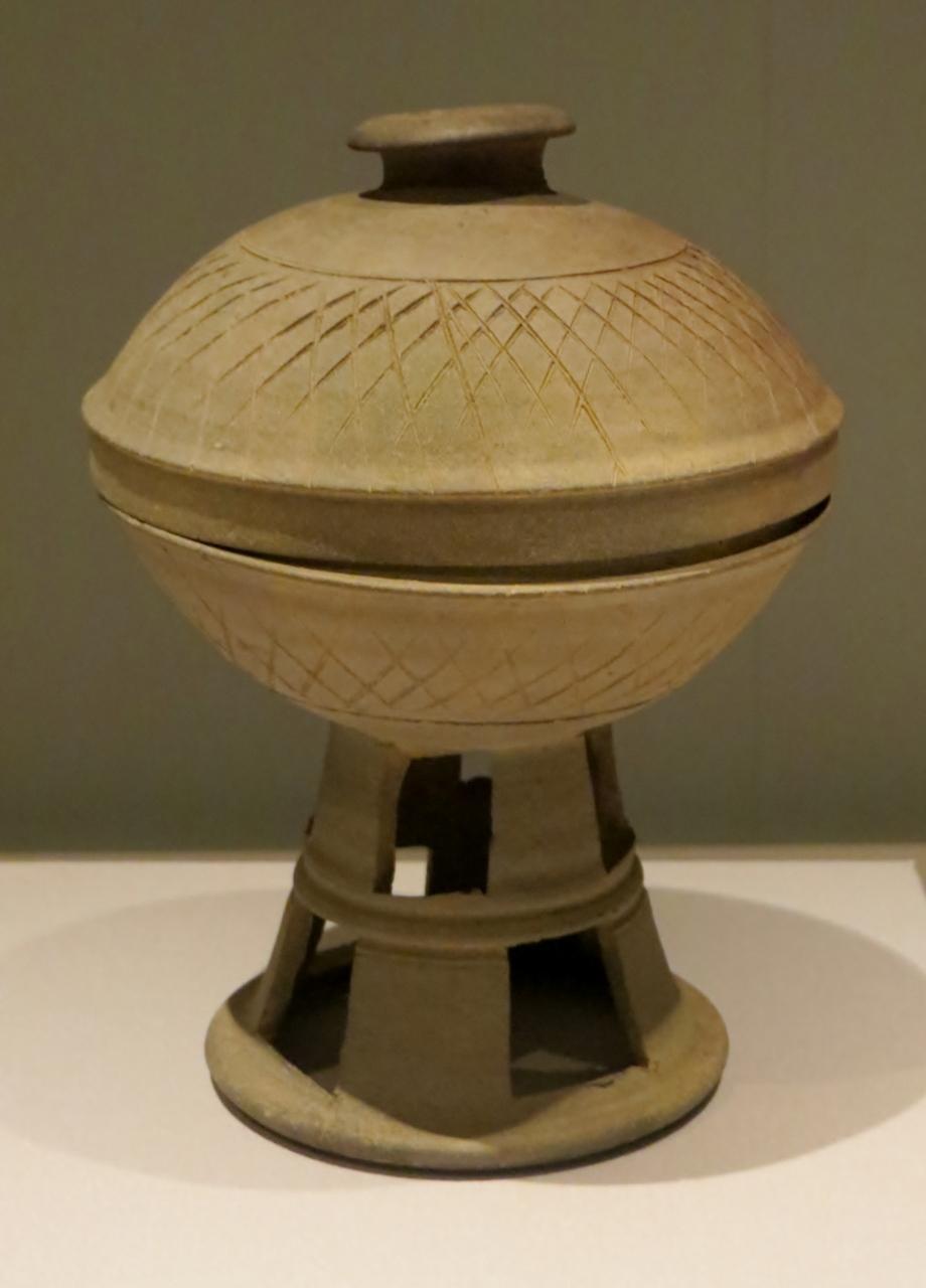2014秋、韓国旅行記28(27:補遺):韓国国立中央博物館(5/8):焼物、個人寄贈品