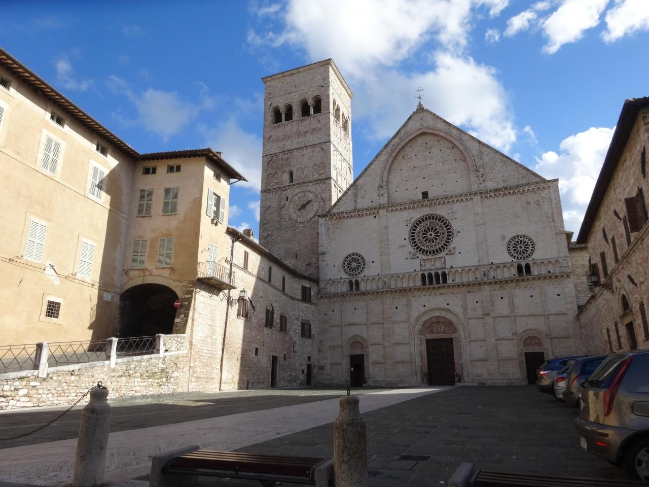 アッシジ、フランチェスコ聖堂と関連修道施設群の画像 p1_38