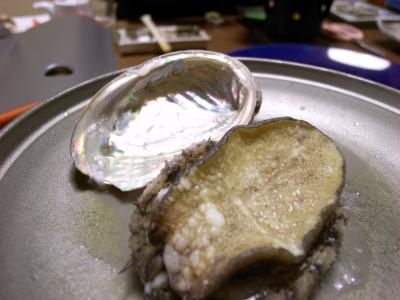 やわらか~いアワビのバター蒸し焼き。