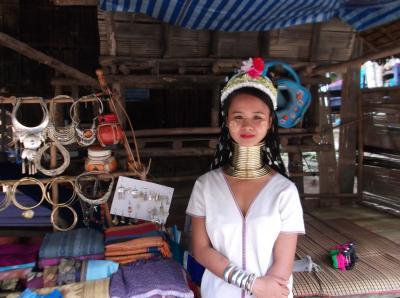 エレファントキャンプ 首長族の村体験ツアー