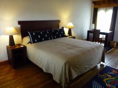 シワ リン ホテル 写真