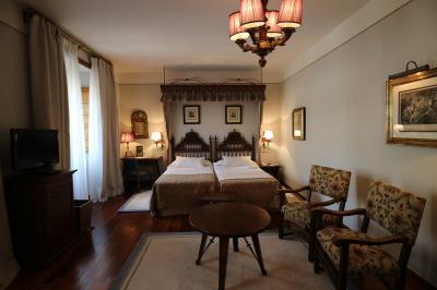 パラドール ラス レエス カトリコス ホテル 写真
