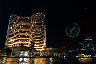 チャオプラヤー川沿いの眺望抜群なホテル