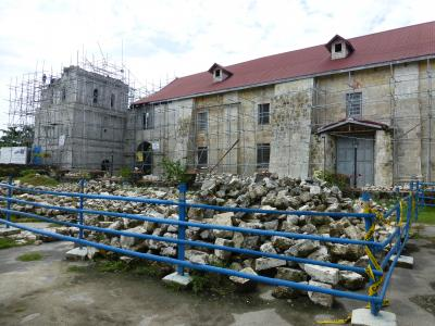 バクラヨン教会と博物館