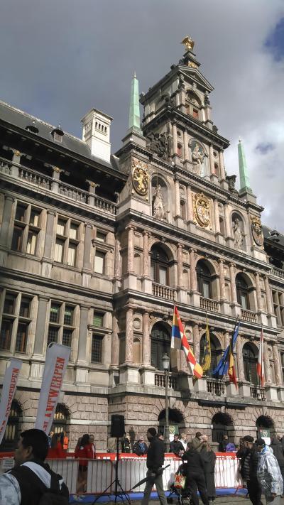 アントワープ市庁舎